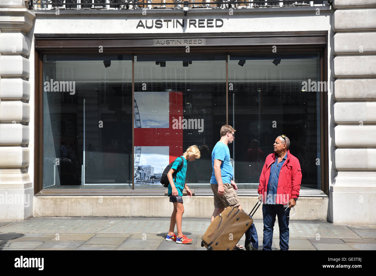 Regent Street London Uk 23rd July 2016 Austin Reed Flagship Store Stock Photo Alamy