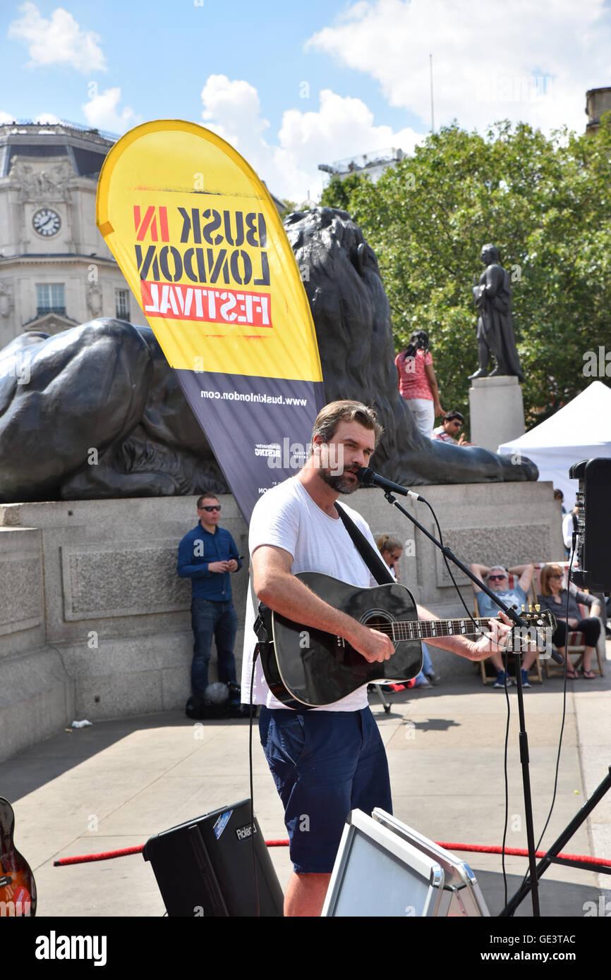 Trafalgar Square, London, UK. 23rd July 2016. Busk in London festival in Trafalgar square Credit:  Matthew Chattle/Alamy Live News Stock Photo