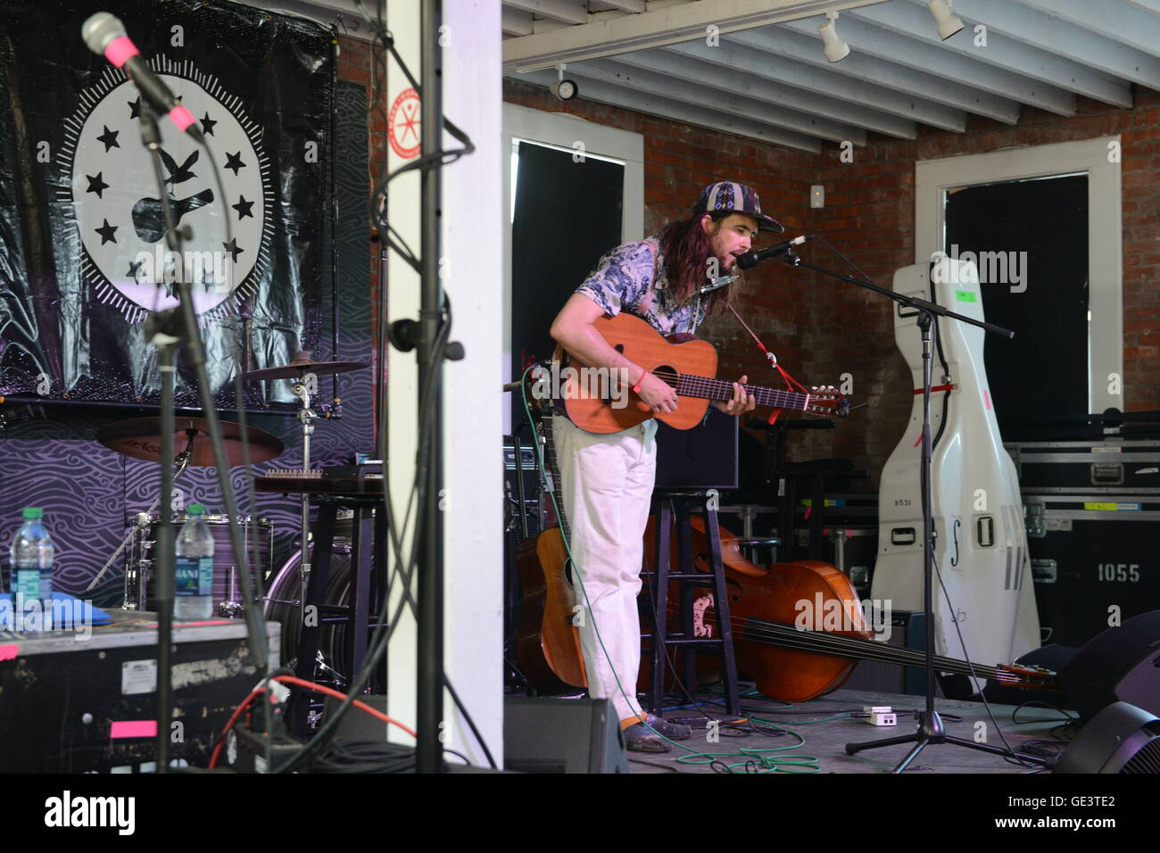 Newport, RI, USA. 23rd July, 2016. Elvis Perkins at the 2016 Newport Folk Festival. Newport, RI. 7/23/16. Sun Sentinel - Stock Image