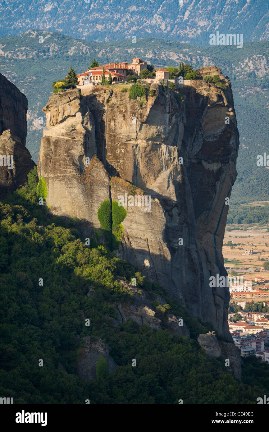 Meteora, Thessaly, Greece.  The Eastern Orthodox Holy Trinity Monastery.  In Greek, Agia Triada or Ayías Triádhos - Stock Image
