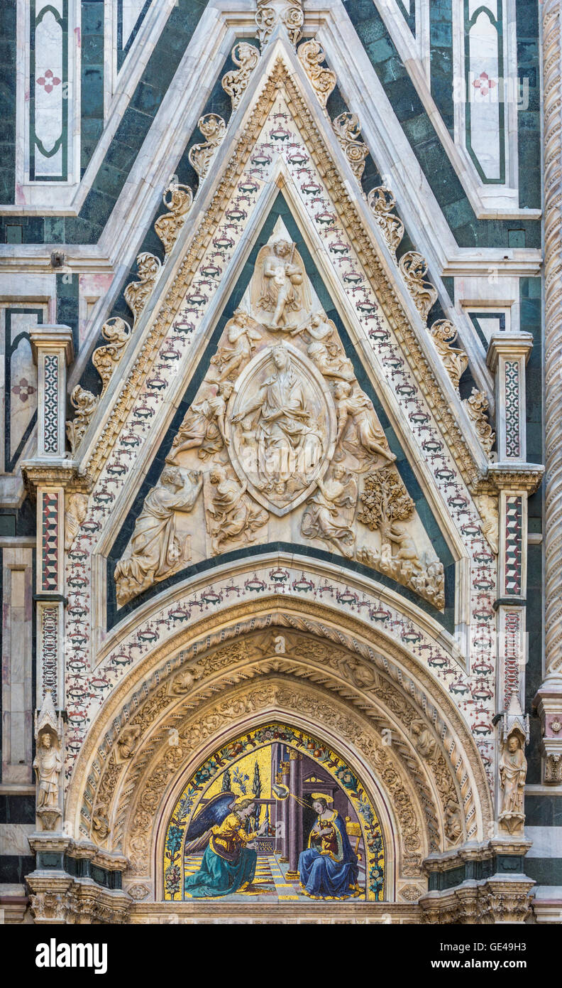 Florence, Florence Province, Tuscany, Italy.  Porta della Mandorla or Almond Door of the Duomo - Stock Image