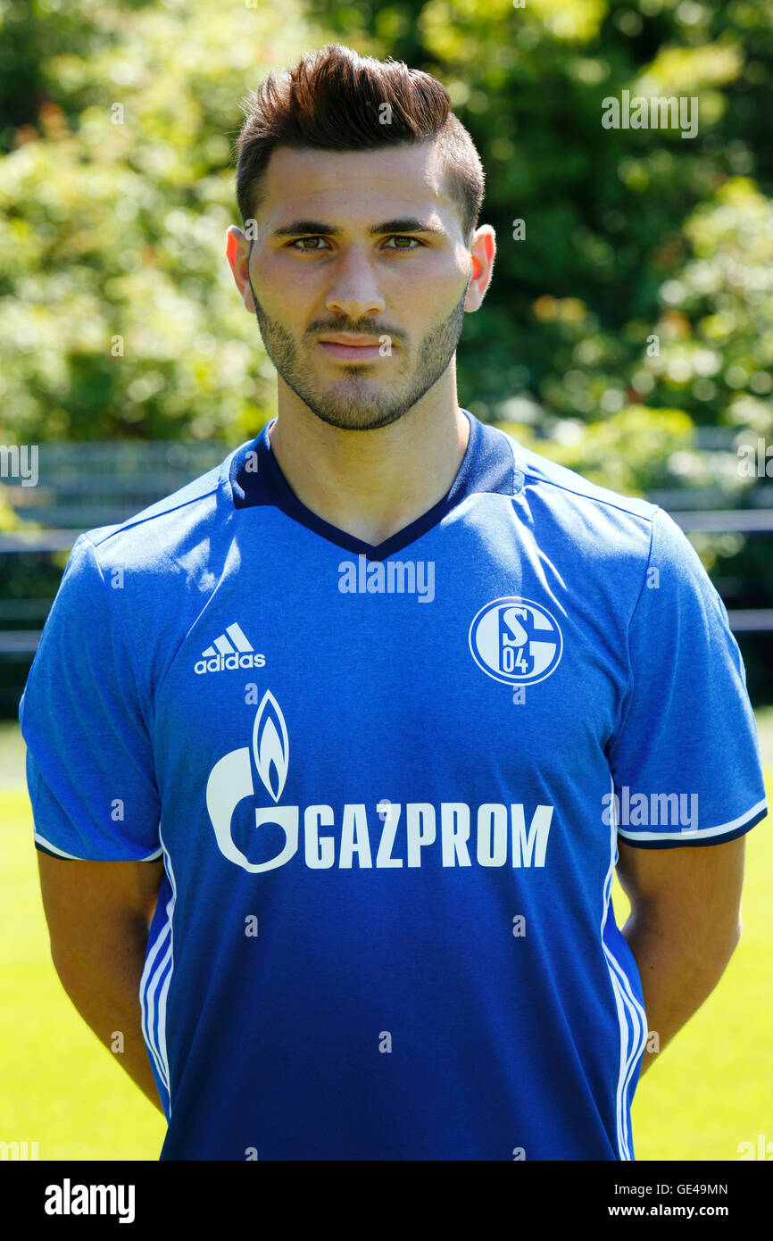 football, Bundesliga, 2016/2017, FC Schalke 04, team presentation for the game season, portrait Sead Kolasinac - Stock Image