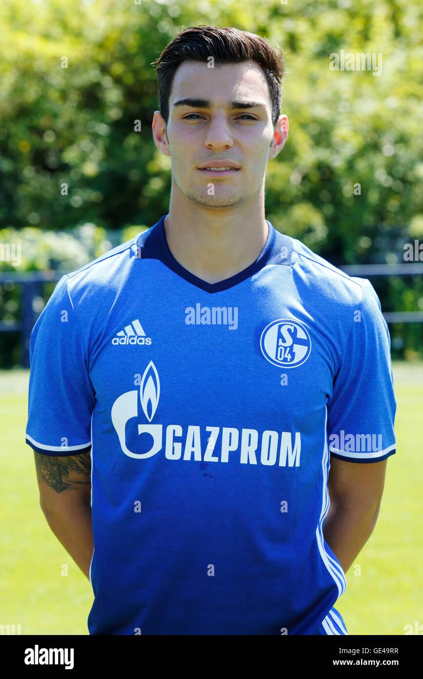 football, Bundesliga, 2016/2017, FC Schalke 04, team presentation for the game season, portrait Kaan Ayhan - Stock Image