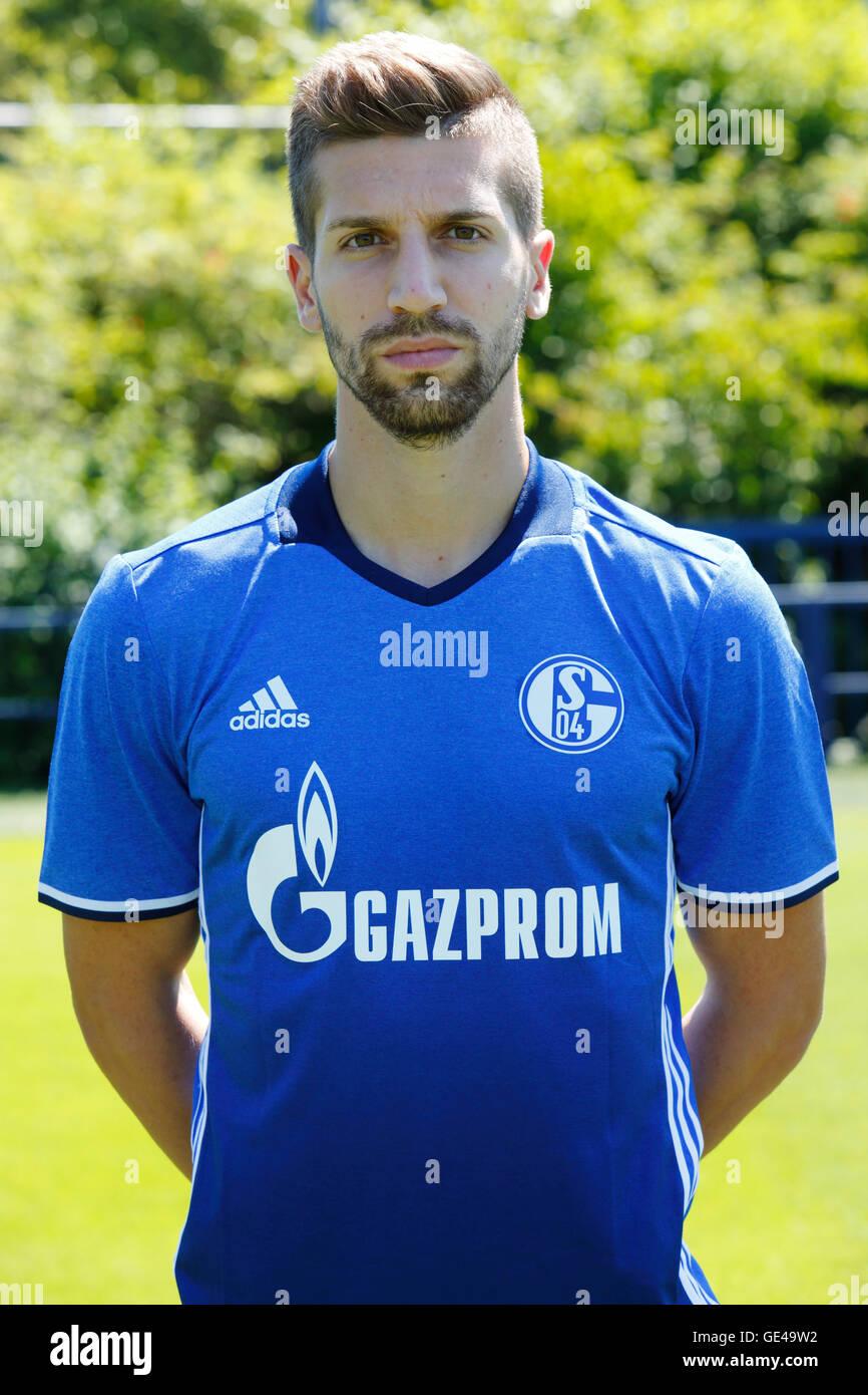 football, Bundesliga, 2016/2017, FC Schalke 04, team presentation for the game season, portrait Matija Nastasic - Stock Image