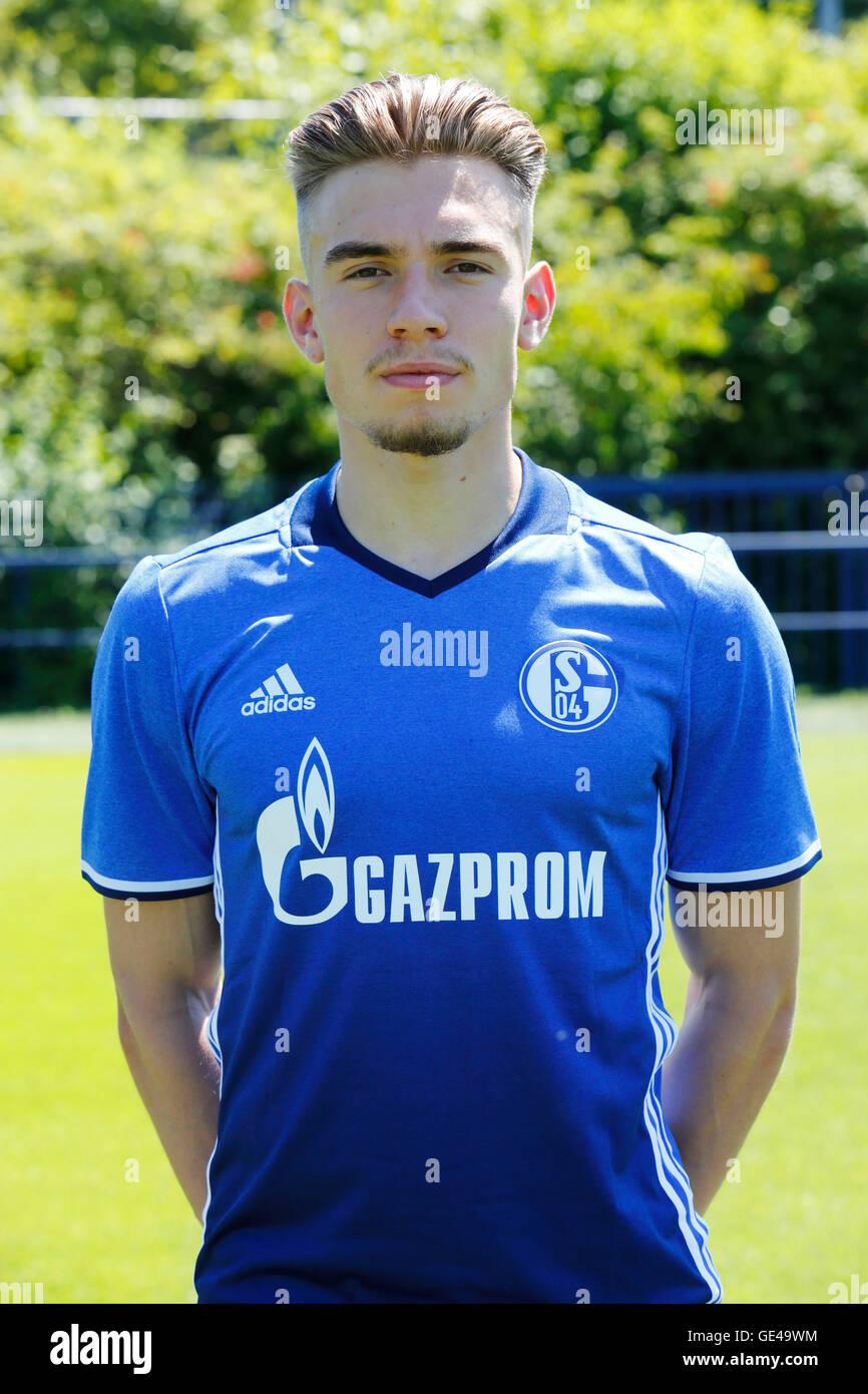 football, Bundesliga, 2016/2017, FC Schalke 04, team presentation for the game season, portrait Joshua Bitter - Stock Image