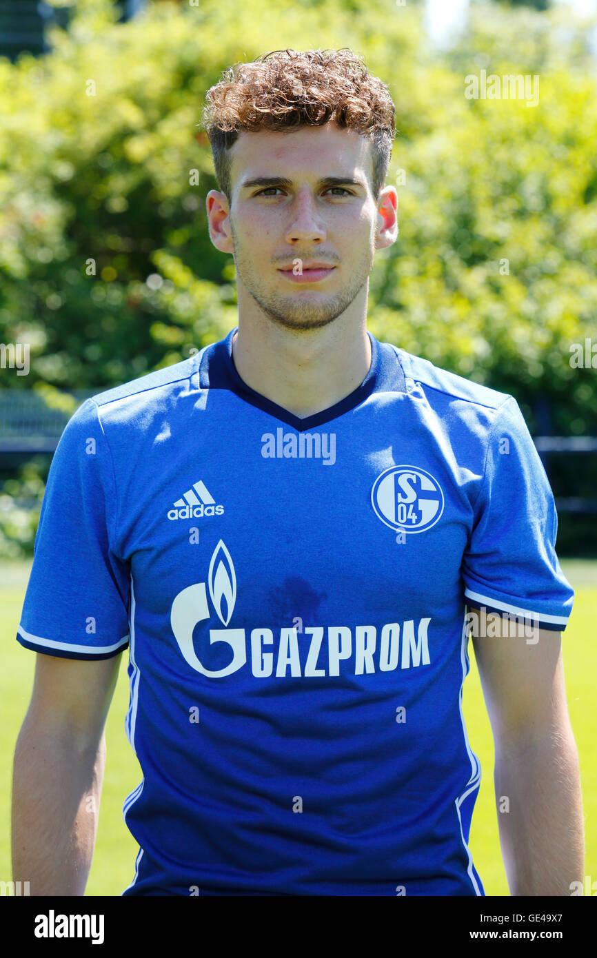 football, Bundesliga, 2016/2017, FC Schalke 04, team presentation for the game season, portrait Leon Goretzka - Stock Image