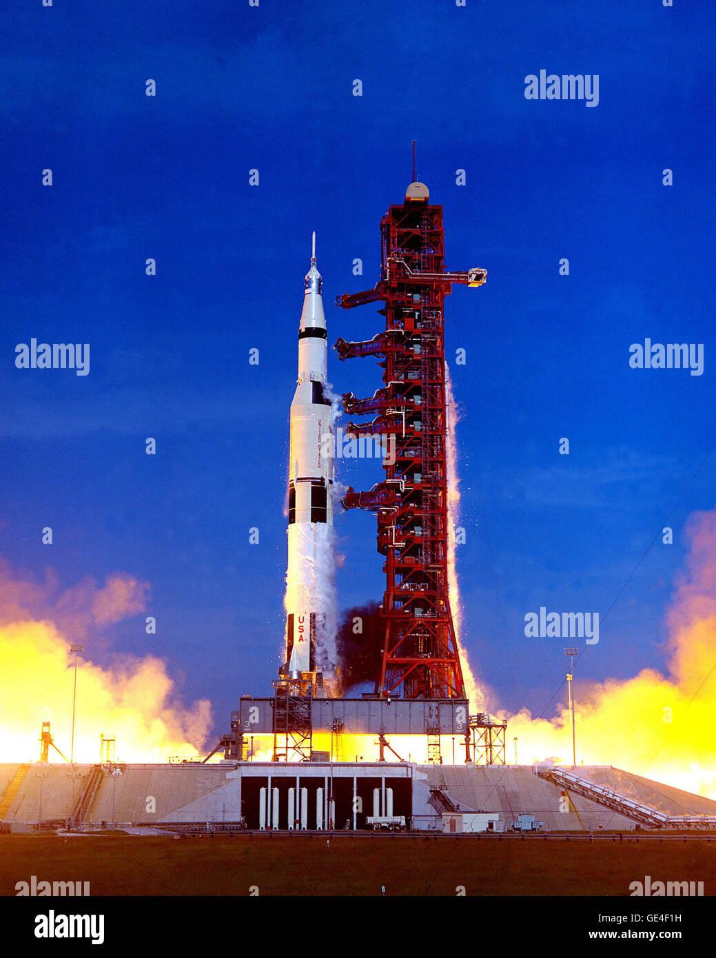 176-K DAVE SCOTT Apollo 15 COMMANDER  Photo