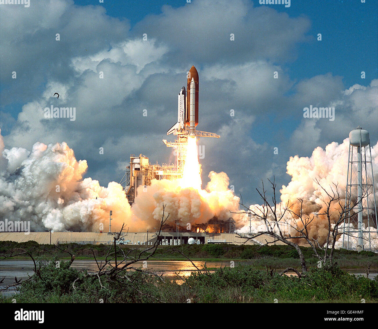 space shuttle discovery launch 2005 - photo #7