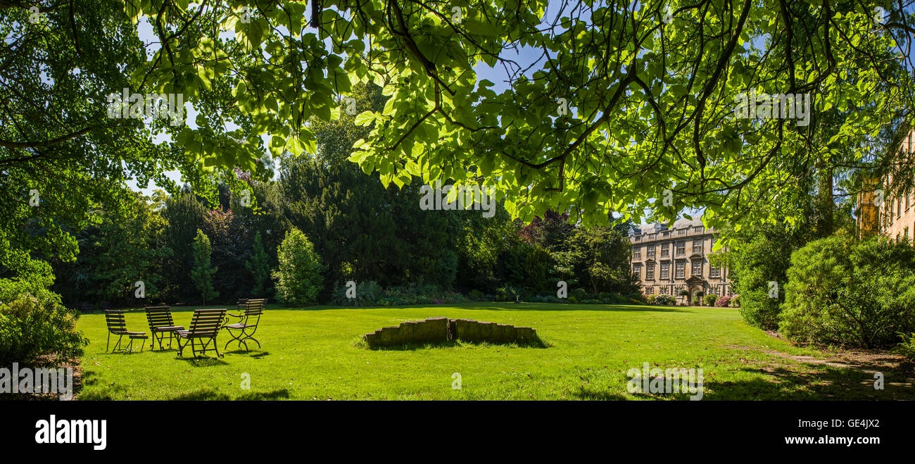 CAMBRIDGE, UK - JULY 18TH 2016: A beautiful panoramic view of Fellows Garden at Christ's College in Cambridge, on - Stock Image