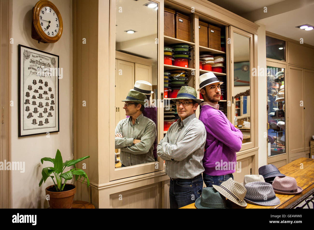 Sombrerería Obach, at right Pol Obach and Ramon Obach at left, they are the owners ( uncle and nephew), carrer - Stock Image
