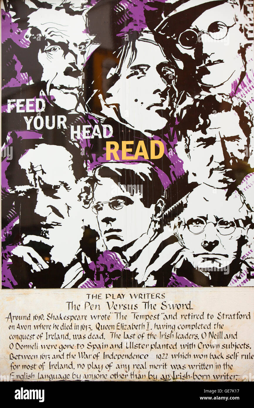 Ireland, Dublin, Temple Bar, Aston Place, The Icon Walk, Irish Play Writers, pen versus the sword.  Feed your head, - Stock Image