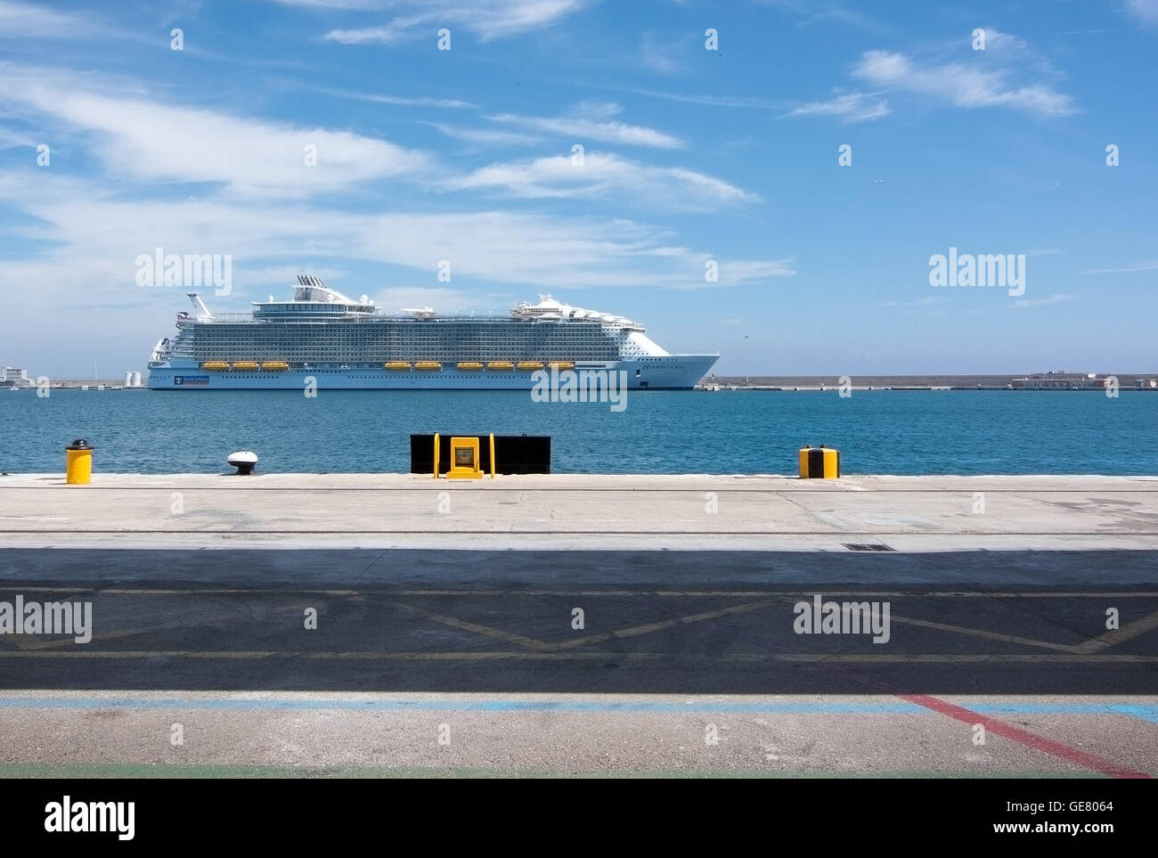 Harmony of the Seas, the largest cruise ship in the world moored in