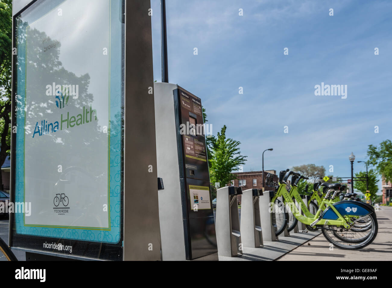 Nice Ride Minneapolis Bike Share Program - Abbott Station