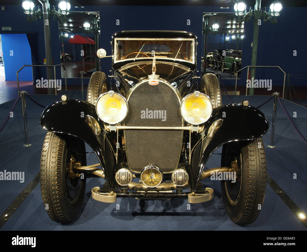 1933 Bugatti Limousine TType 41 Royale, 300cv 12763cc 180kmh (MNA 0913) photo 2 - Stock Image