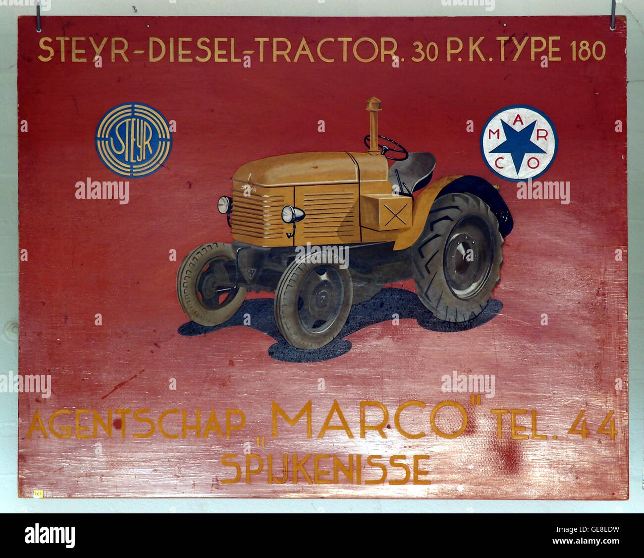 Styer-Diesel-Tractor 30 Pk type 180, oud reclamebord - Stock Image