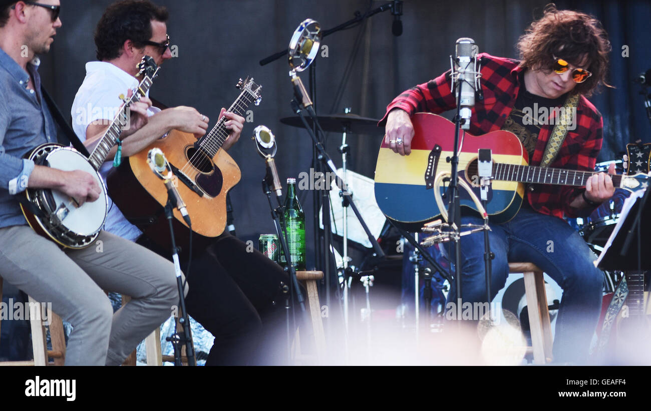 Newport, RI, USA. 24th July, 2016. Ryan Adams performs at the 2016 Newport Folk Festival. Newport, RI. 7/24/16. - Stock Image