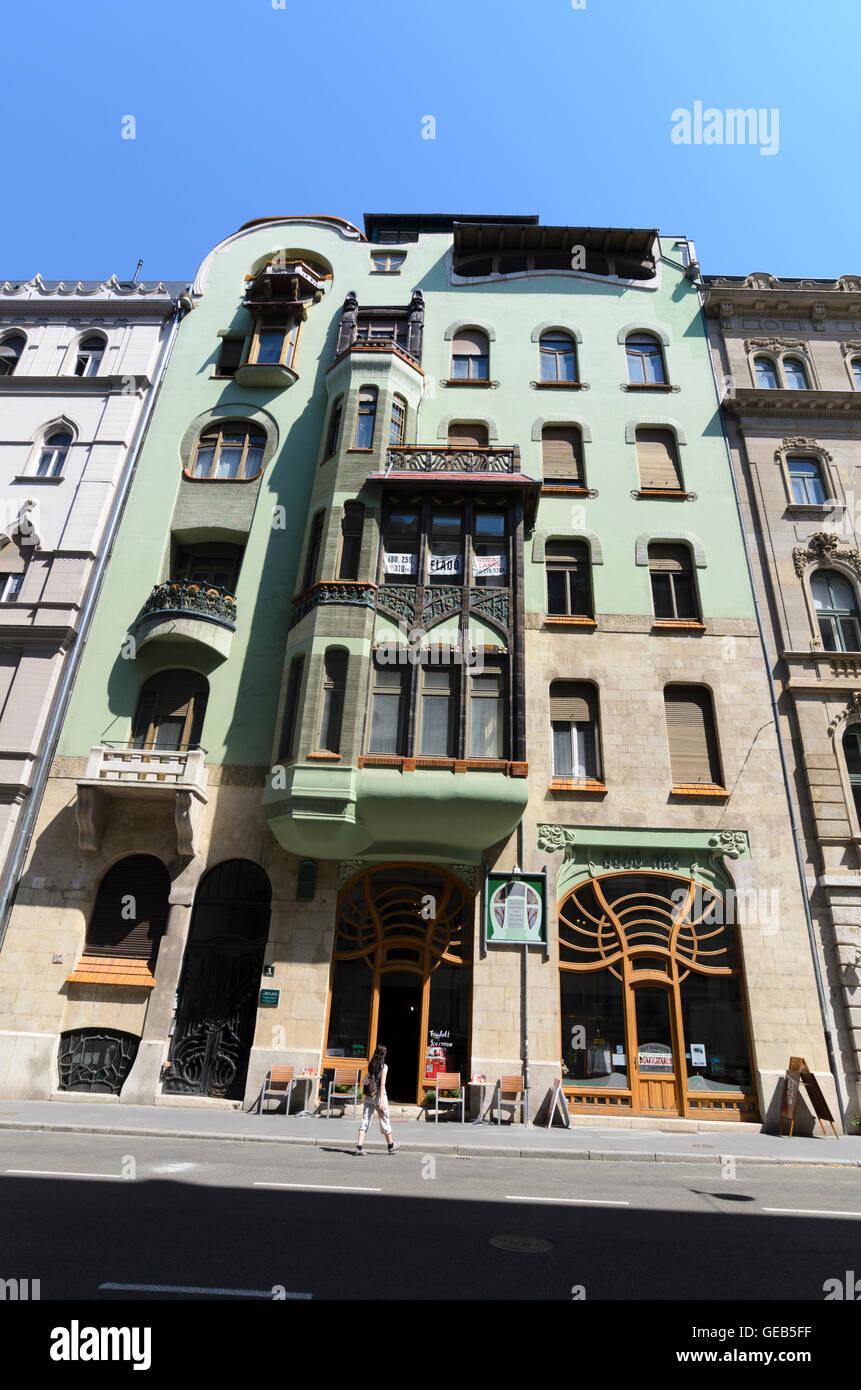 Budapest: House of Hungarian Art Nouveau ( Magyar Szecesszió Haza ), Hungary, Budapest, - Stock Image
