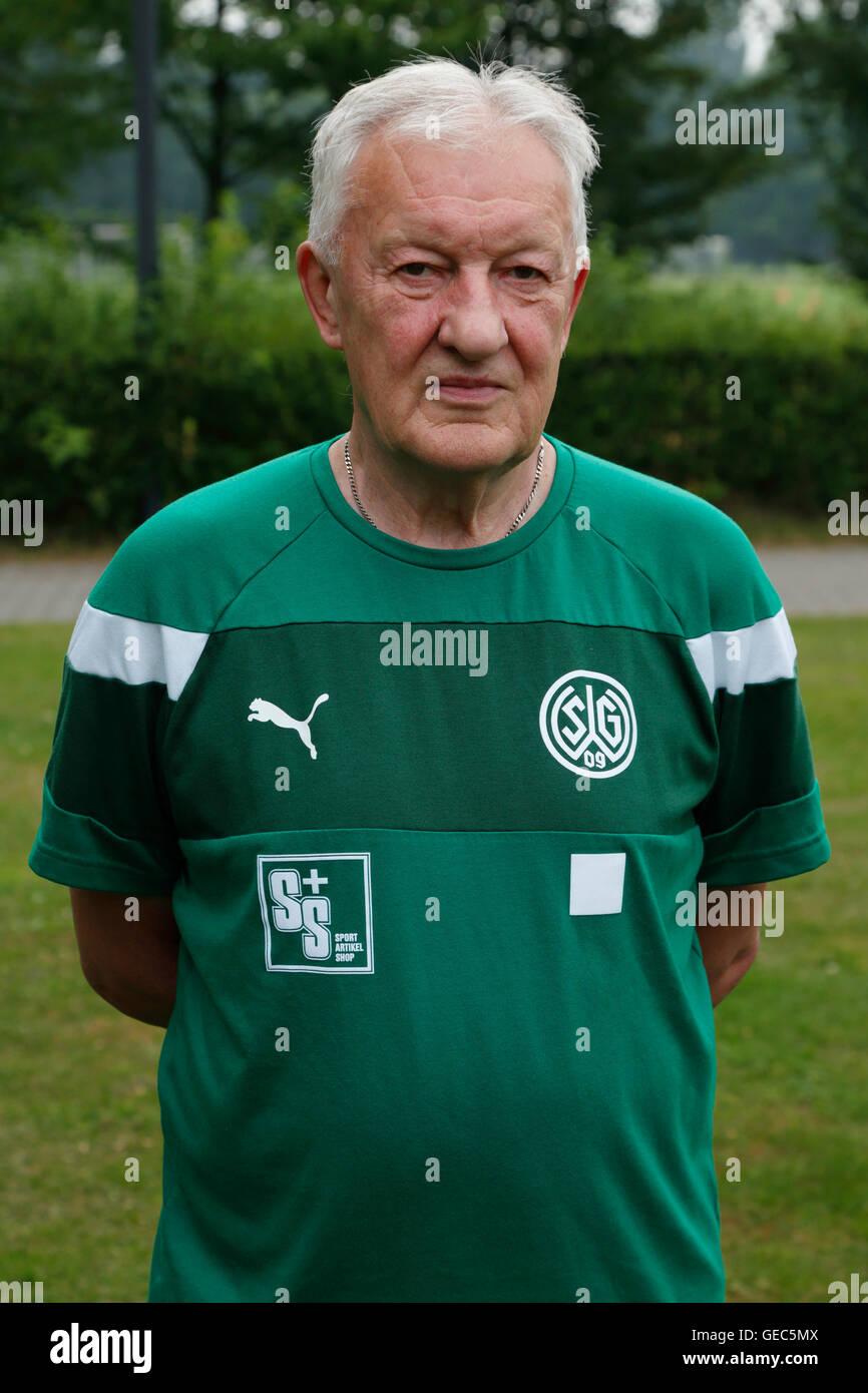 football, Regional League West, 2016/2017, SG Wattenscheid 09, team presentation for the game season, portrait physiotherapist - Stock Image