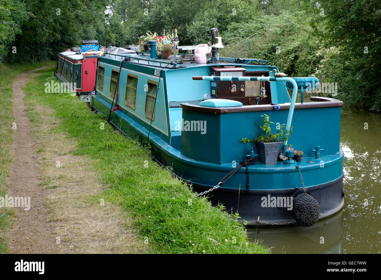 narrow boats moored on the oxford canal at cropredy near banbury england uk - Stock Image
