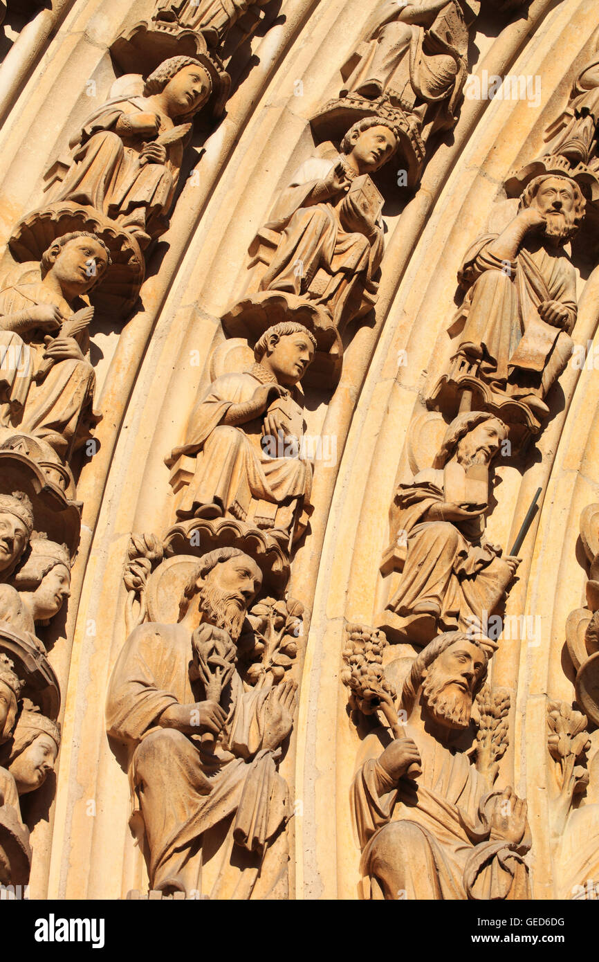 Detail of the Western facade of Notre Dame de Paris, Paris, France, Europe - Stock Image