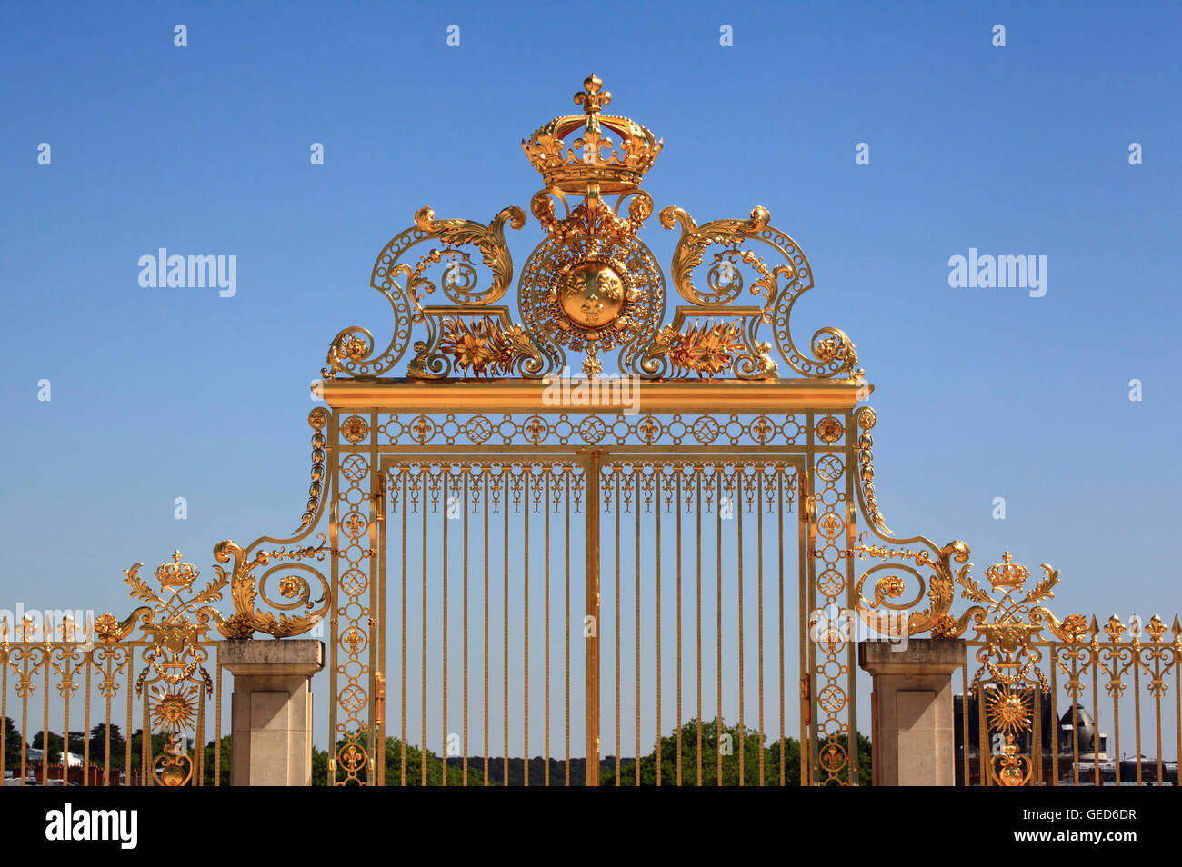 The Gate Of Honour , Palace Of Versailles, France, Europe - Stock Image