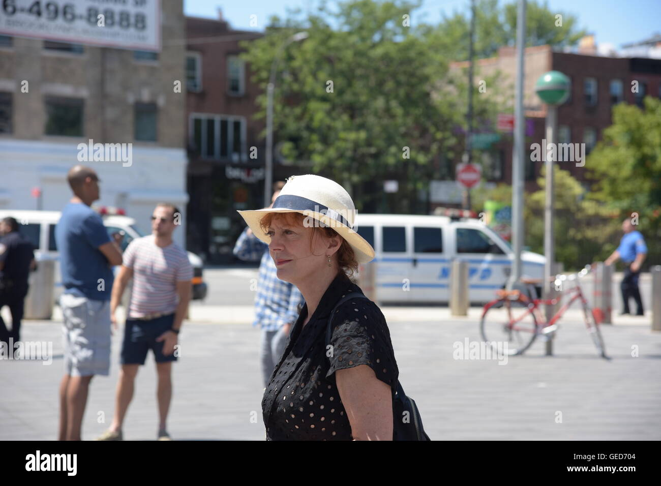 New York City, United States. 23rd July, 2016. Actress & BLM supporter Susan Sarandon arrives on scene at Barclay's - Stock Image