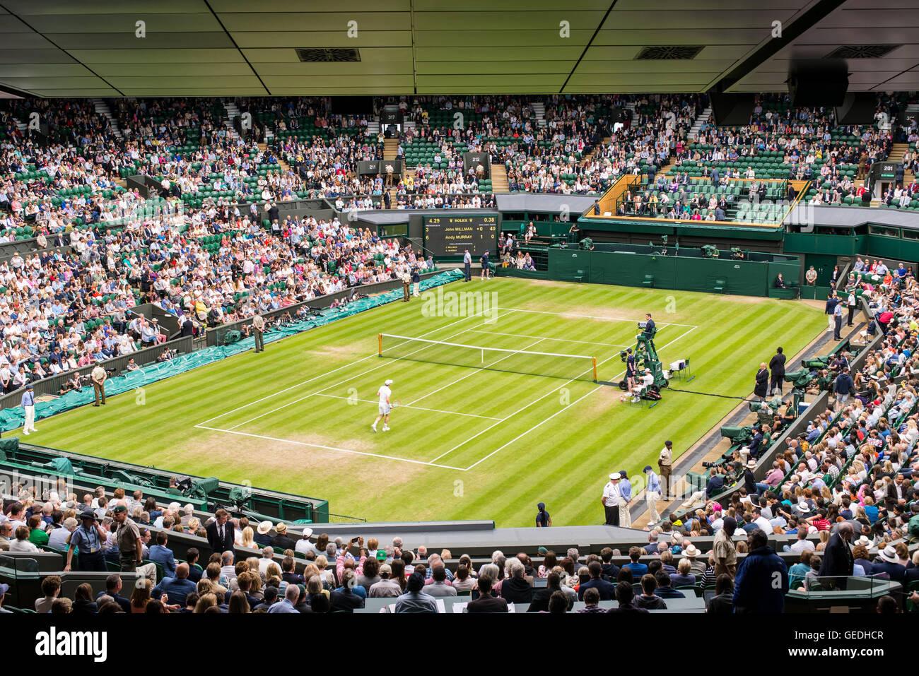 how many spectators at centre court wimbledon