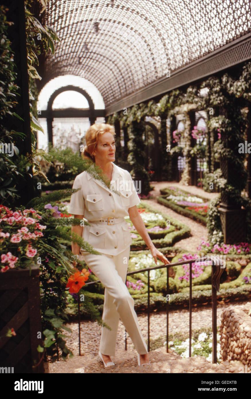 Doris Duke, heiress, at Duke Gardens in 1968. - Stock Image