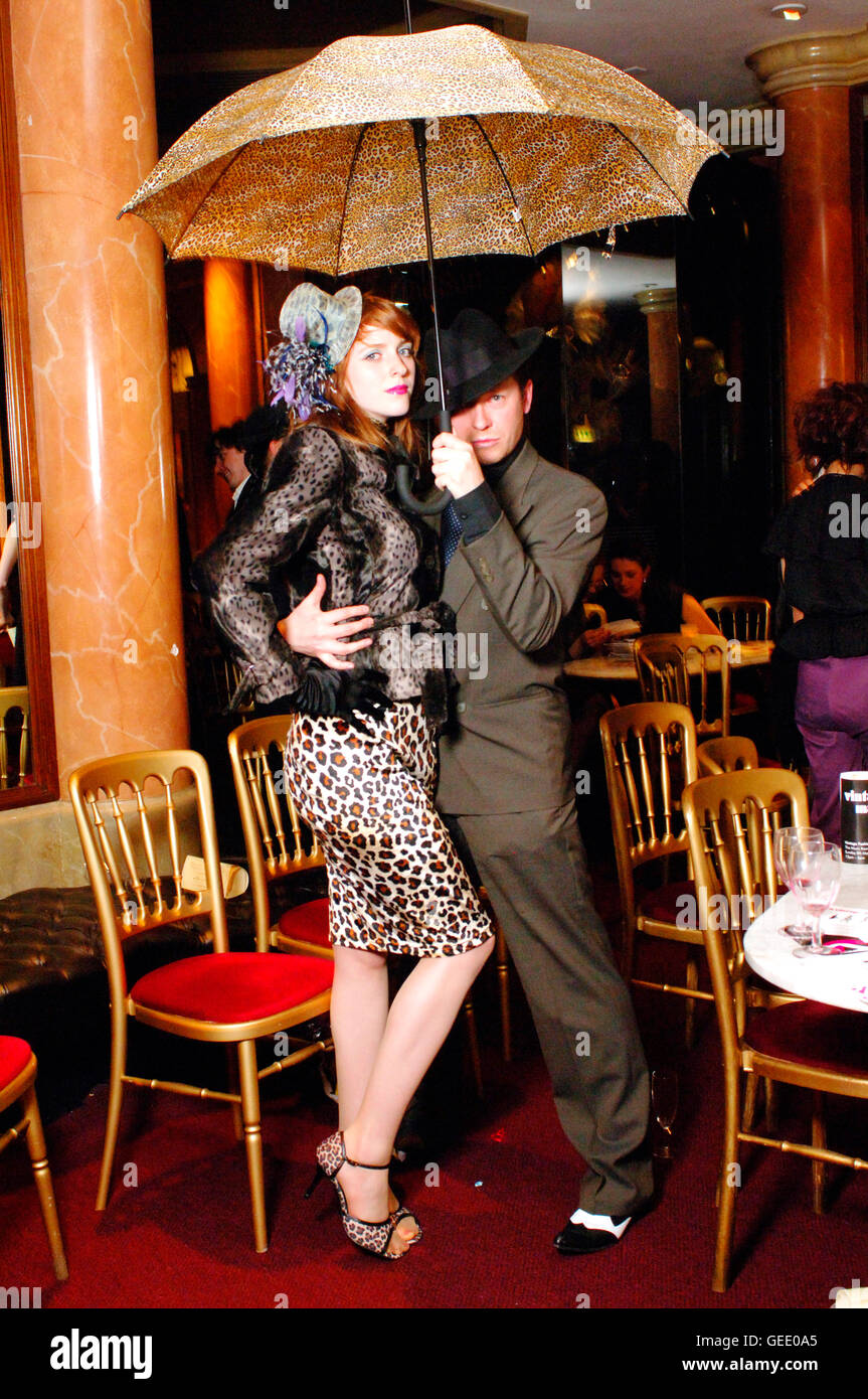 Art of tease night of seduction, Burlesque evening london theatre museum, UK 2005 - Stock Image