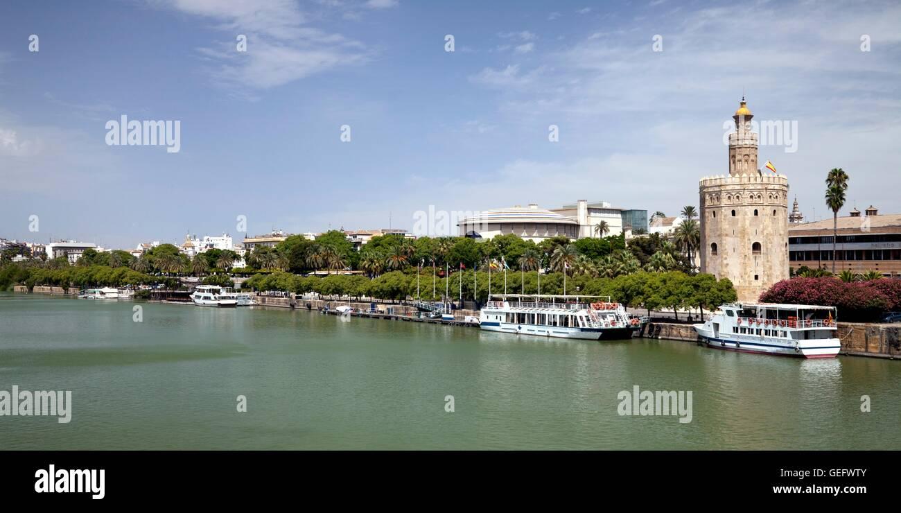 Torre del Oro, Guadalquivir River, Seville, Andalusia - Stock Image