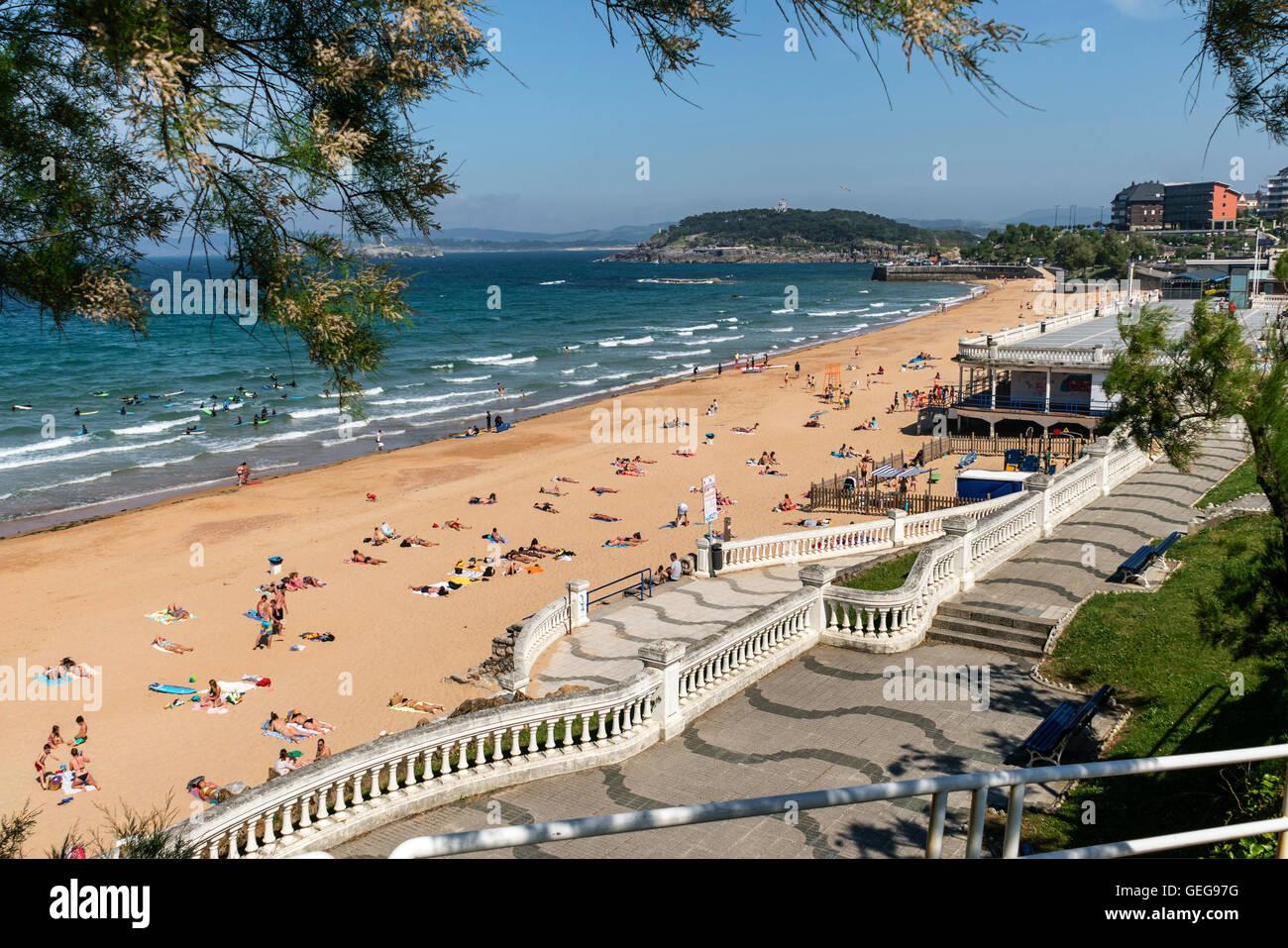 Sardinero Beach Surfer Santander Cantabria Spain Stock Photo Alamy
