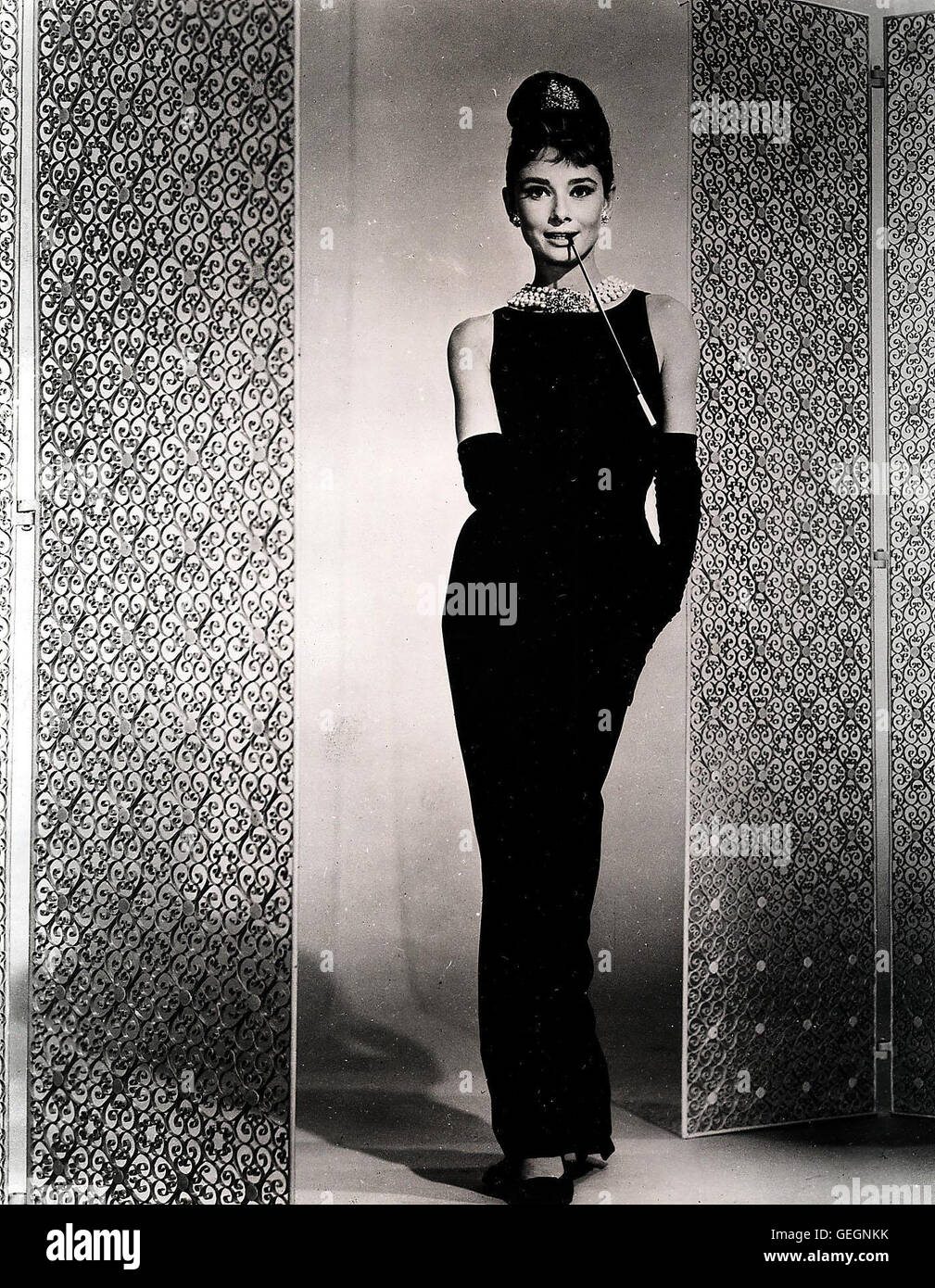 Fr hst ck bei tiffany breakfast at tiffany 39 s audrey for Audrey hepburn pictures to buy
