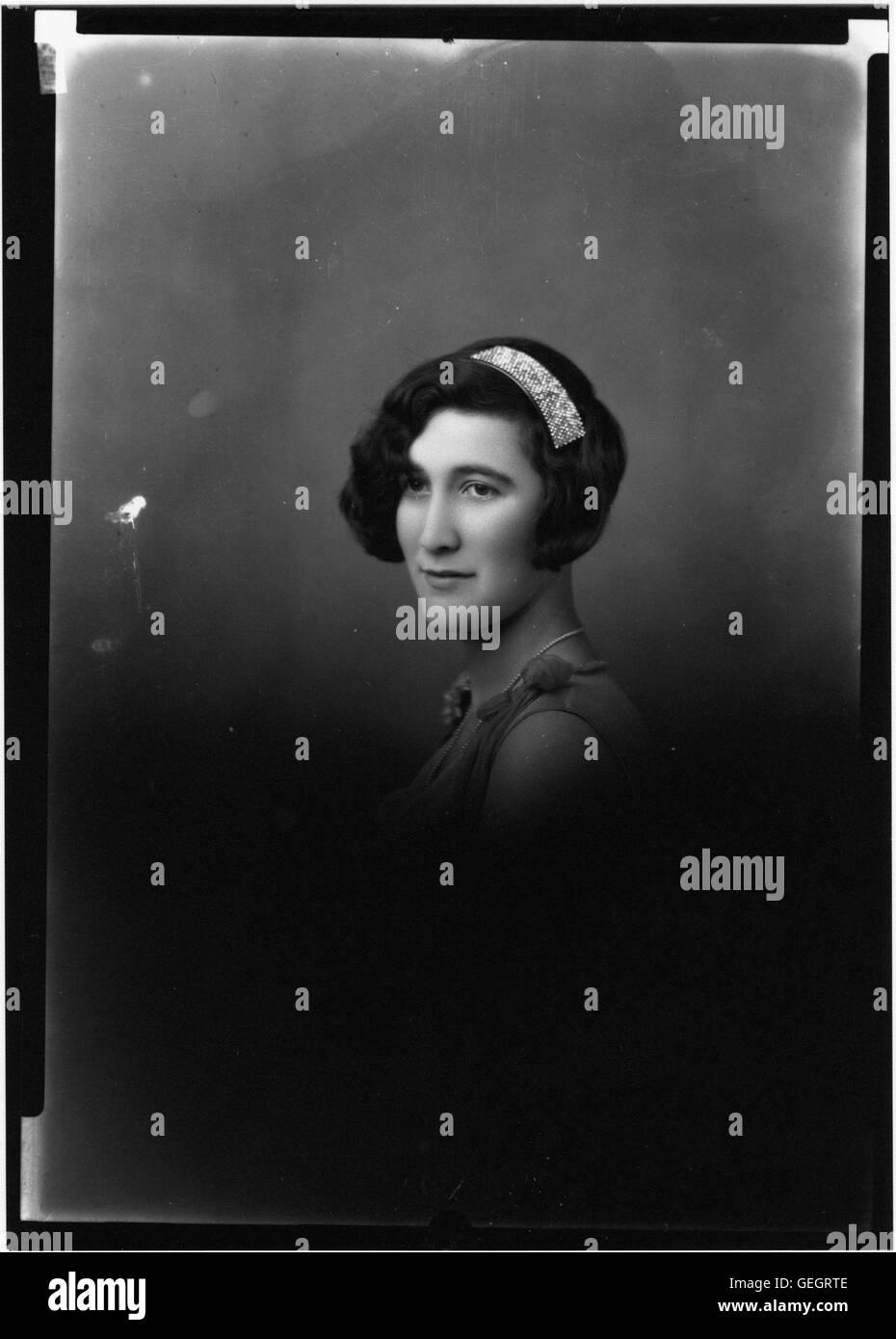 Portrait photograph of unidentified woman Stock Photo