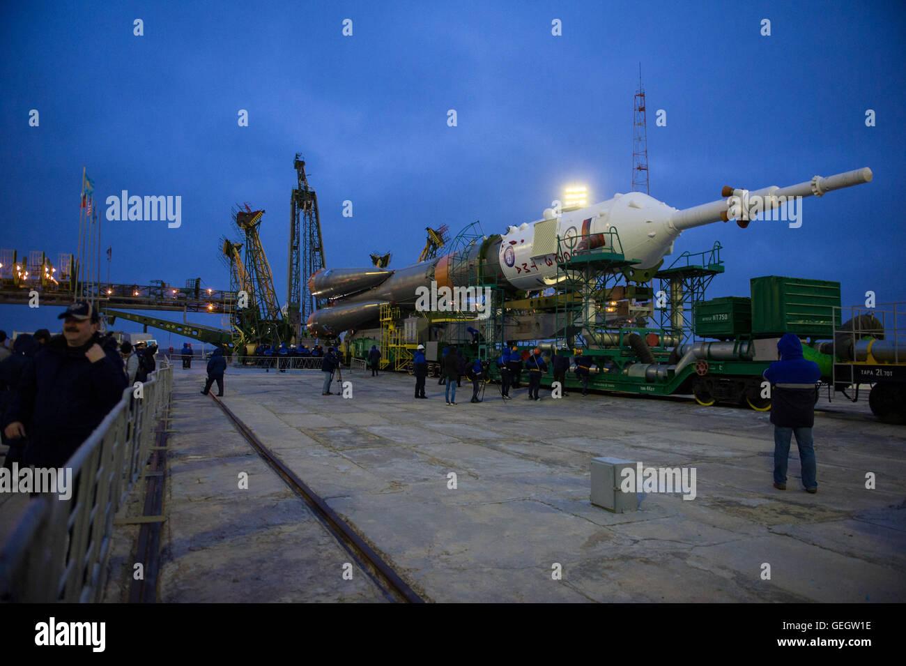 Exp 47 Soyuz Rollout  03160011 Stock Photo