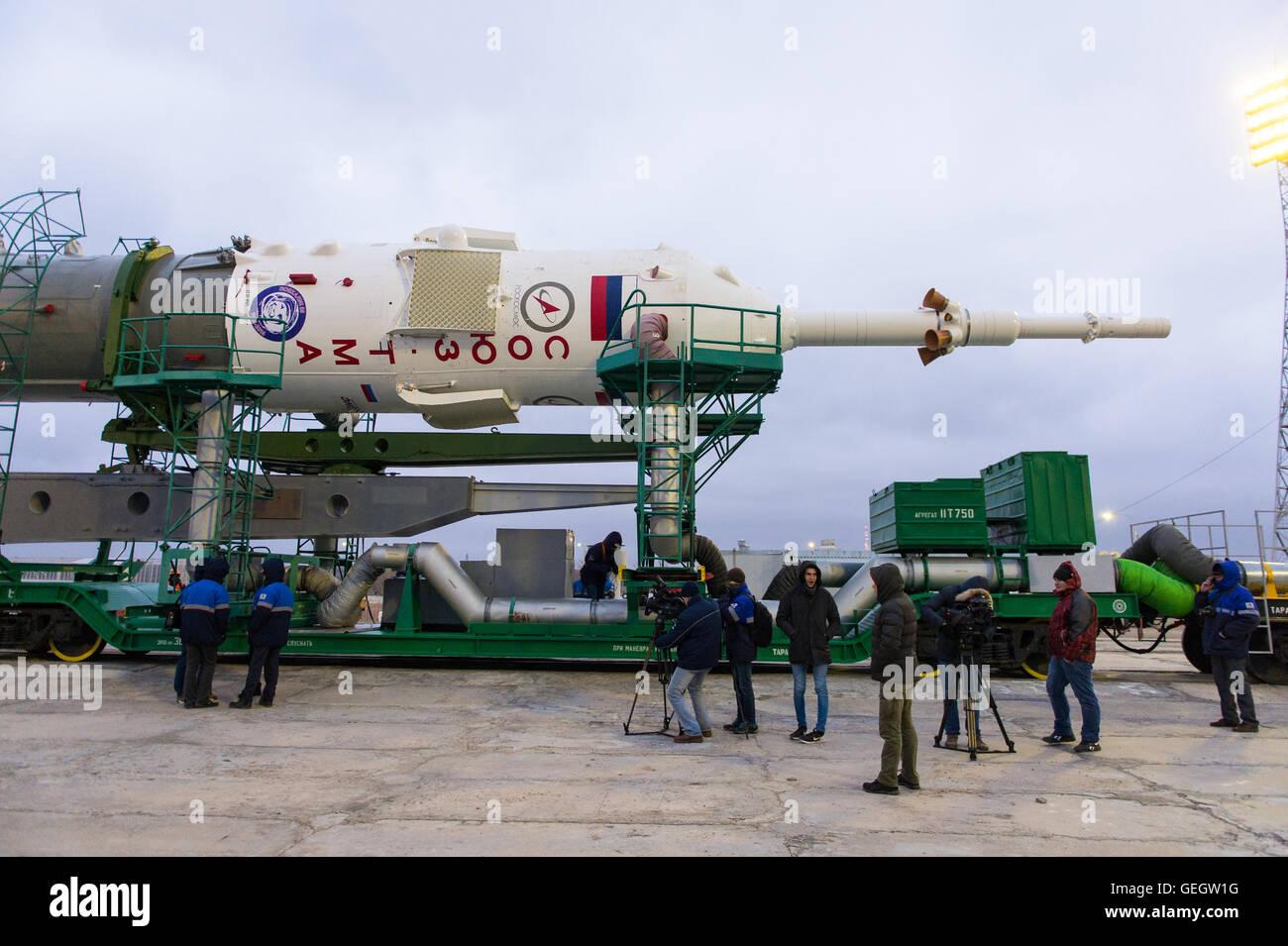 Exp 47 Soyuz Rollout  03160013 - Stock Image