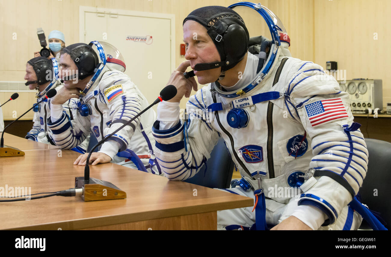 Expedition 46 Preflight  12150066 - Stock Image