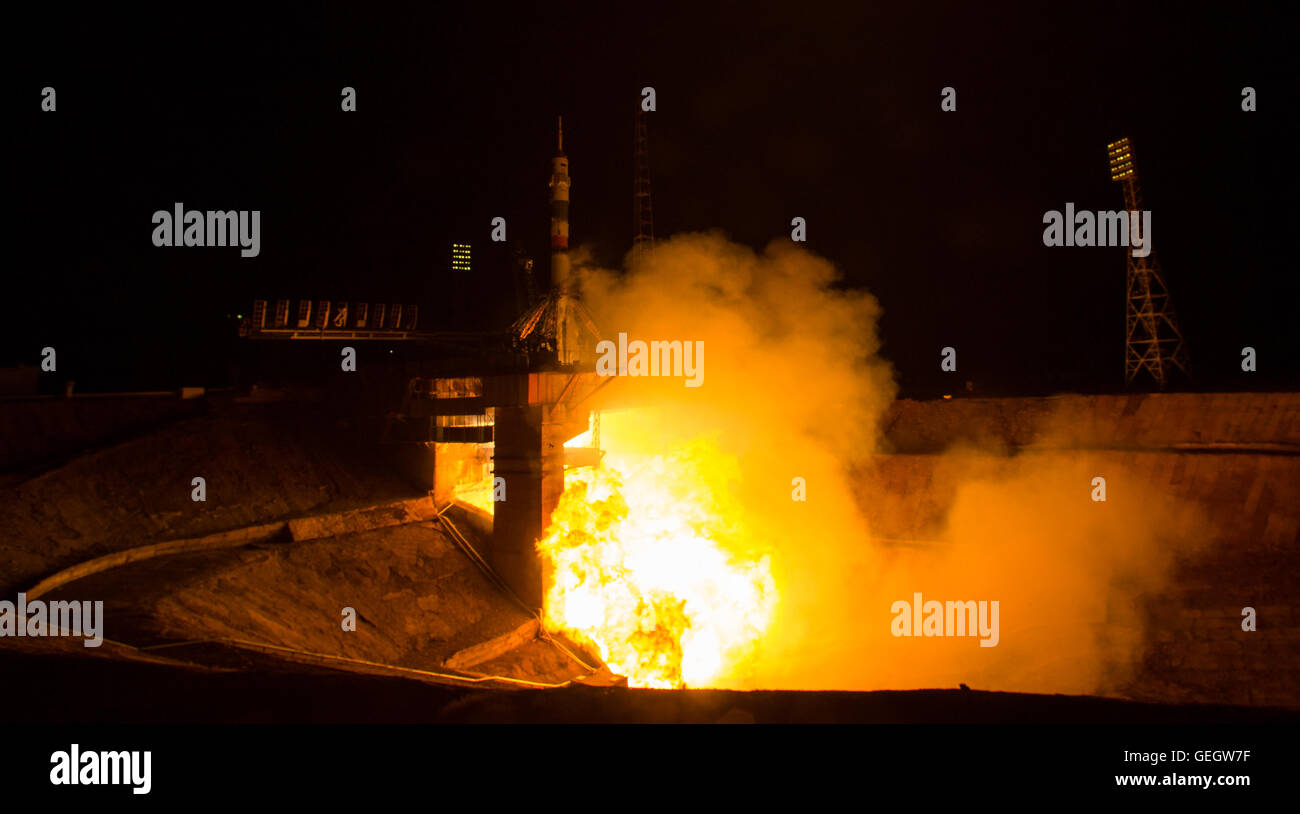 Expedition 47 Launch  03190004 - Stock Image