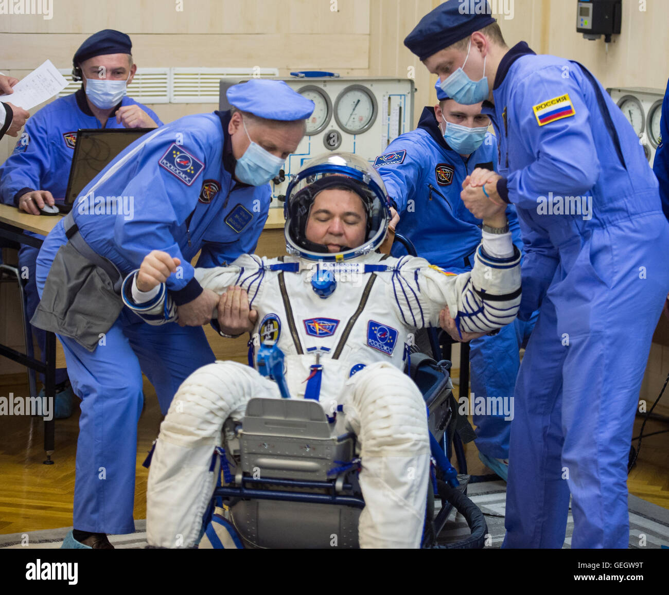 Expedition 47 Pressure Checks  03180022 - Stock Image