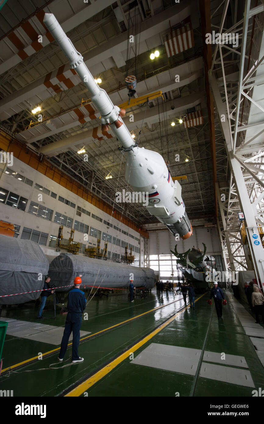 Expedition 47 Soyuz Final Assembly  03150007 - Stock Image