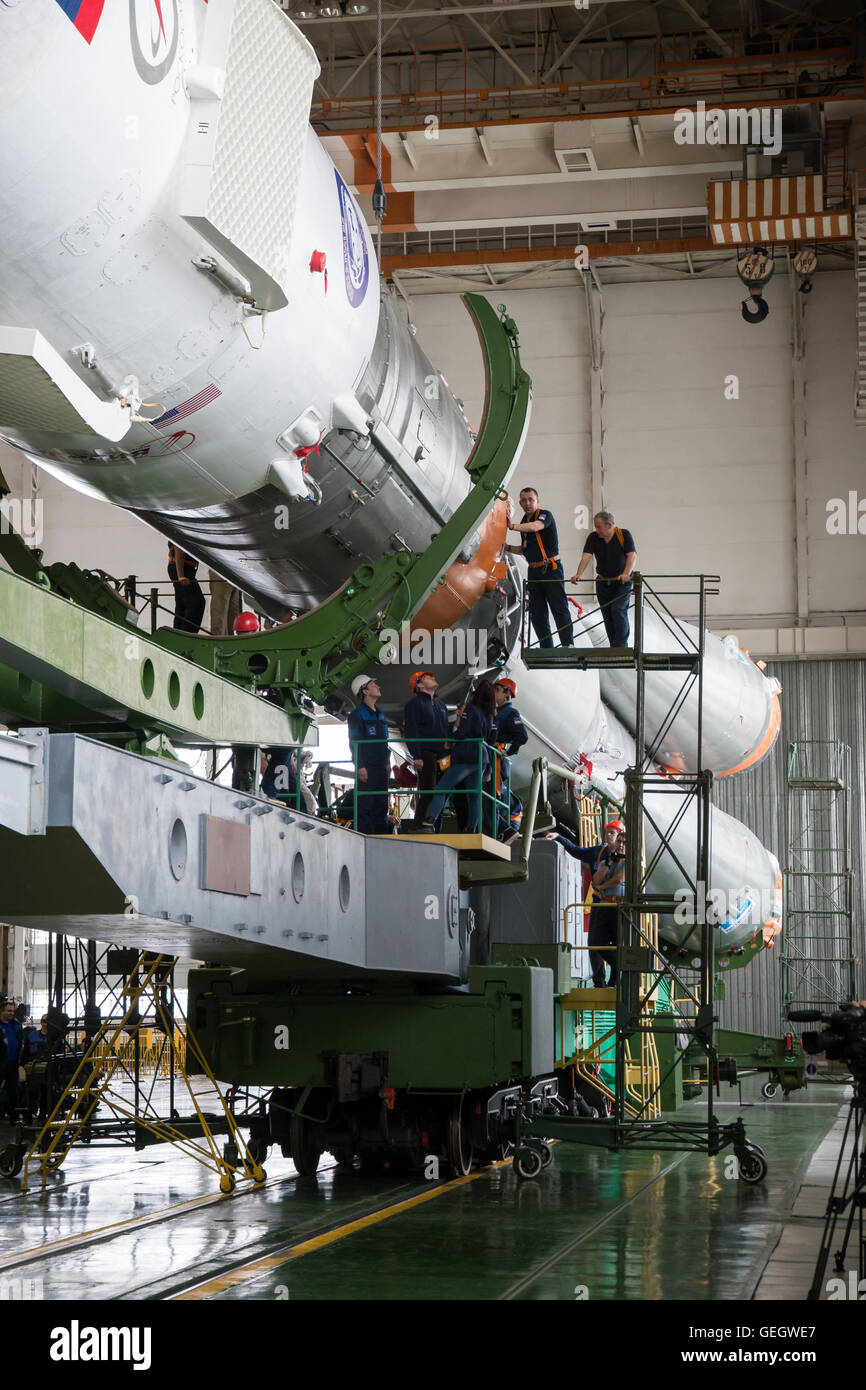 Expedition 47 Soyuz Final Assembly  03150008 - Stock Image
