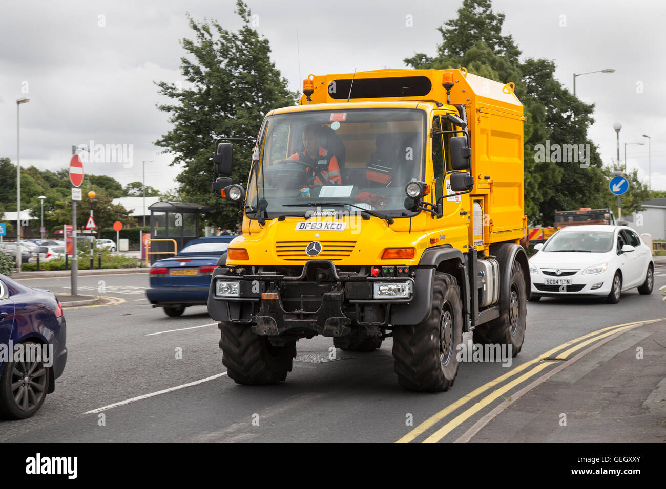 Lancashie County Council Unimog Mercedes-Benz U400