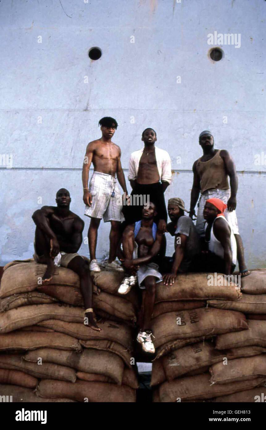 Omar Epps   Zusammen mit sieben weiteren jungen Maennern schmuggelt sich Kingsley (Omar Epps,hm) auf dem russisch - Stock Image