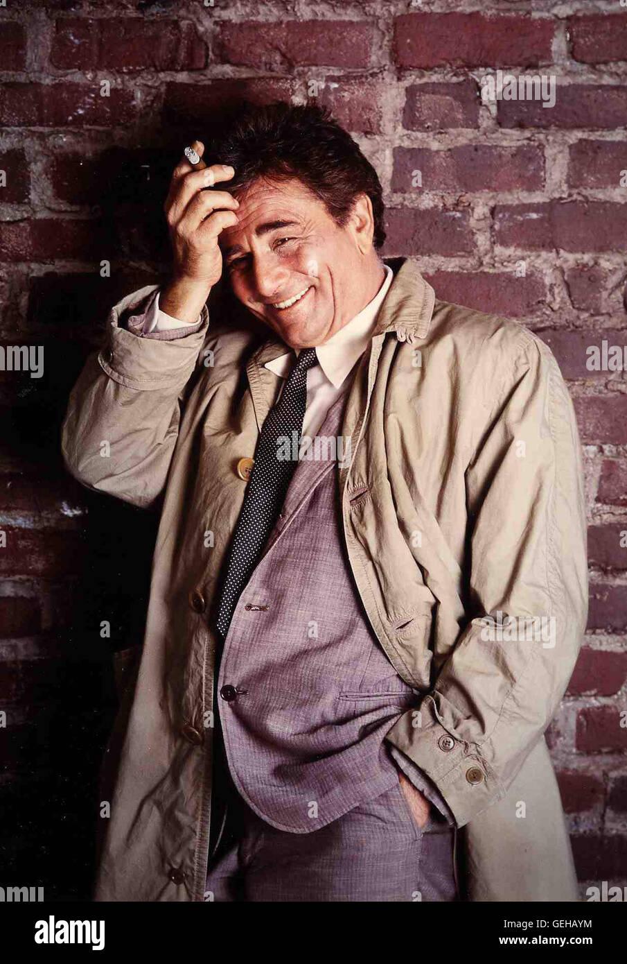 Inspektor Columbo (Peter Falk) in Szene *** Local Caption *** 1970, 1970s, Columbo 70er Jahre (Neutral), Krimi, - Stock Image