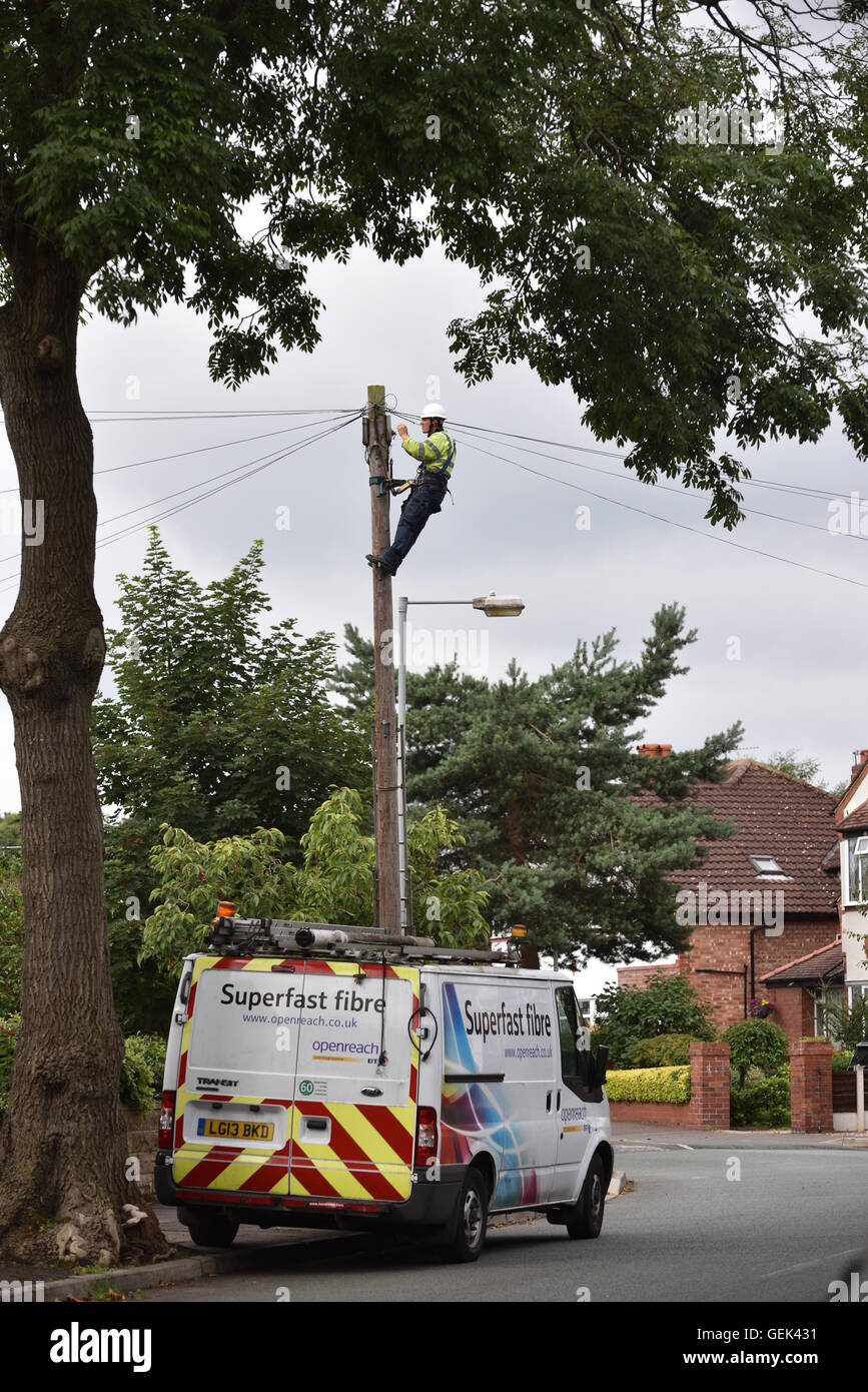 Bt Technician Stock Photos Images Alamy Wiring Works Telford Manchester Uk 26th July 2016 A On Telephone Wires In Didsbury South