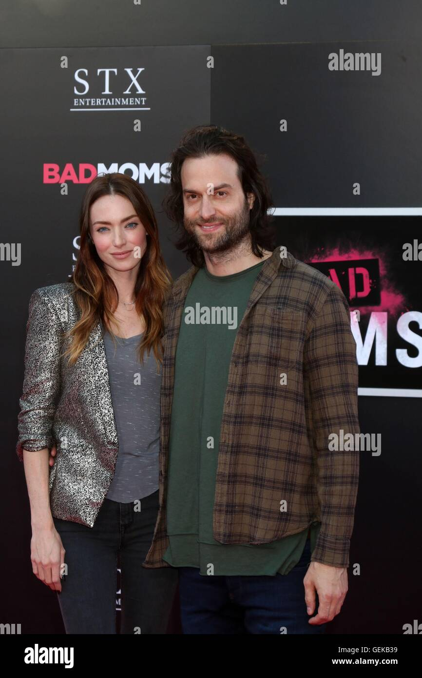 Los Angeles, CA, USA. 26th July, 2016. Cassi Colvin, Chris D'Elia at arrivals for BAD MOMS Premiere, Mann Village - Stock Image