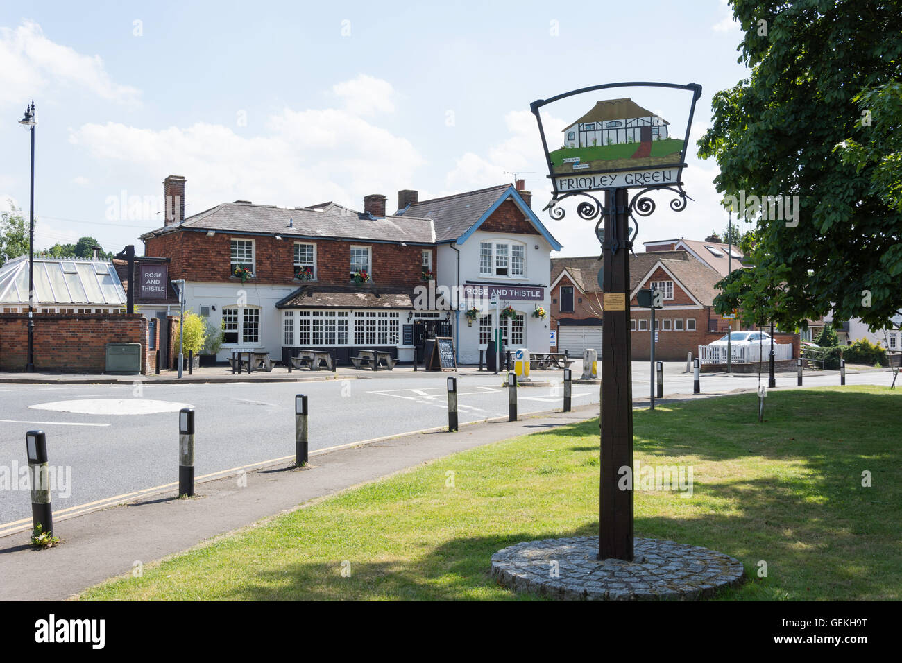 16th century The Rose and Thistle Pub from The Green, Frimley Green, Surrey, England, United Kingdom - Stock Image