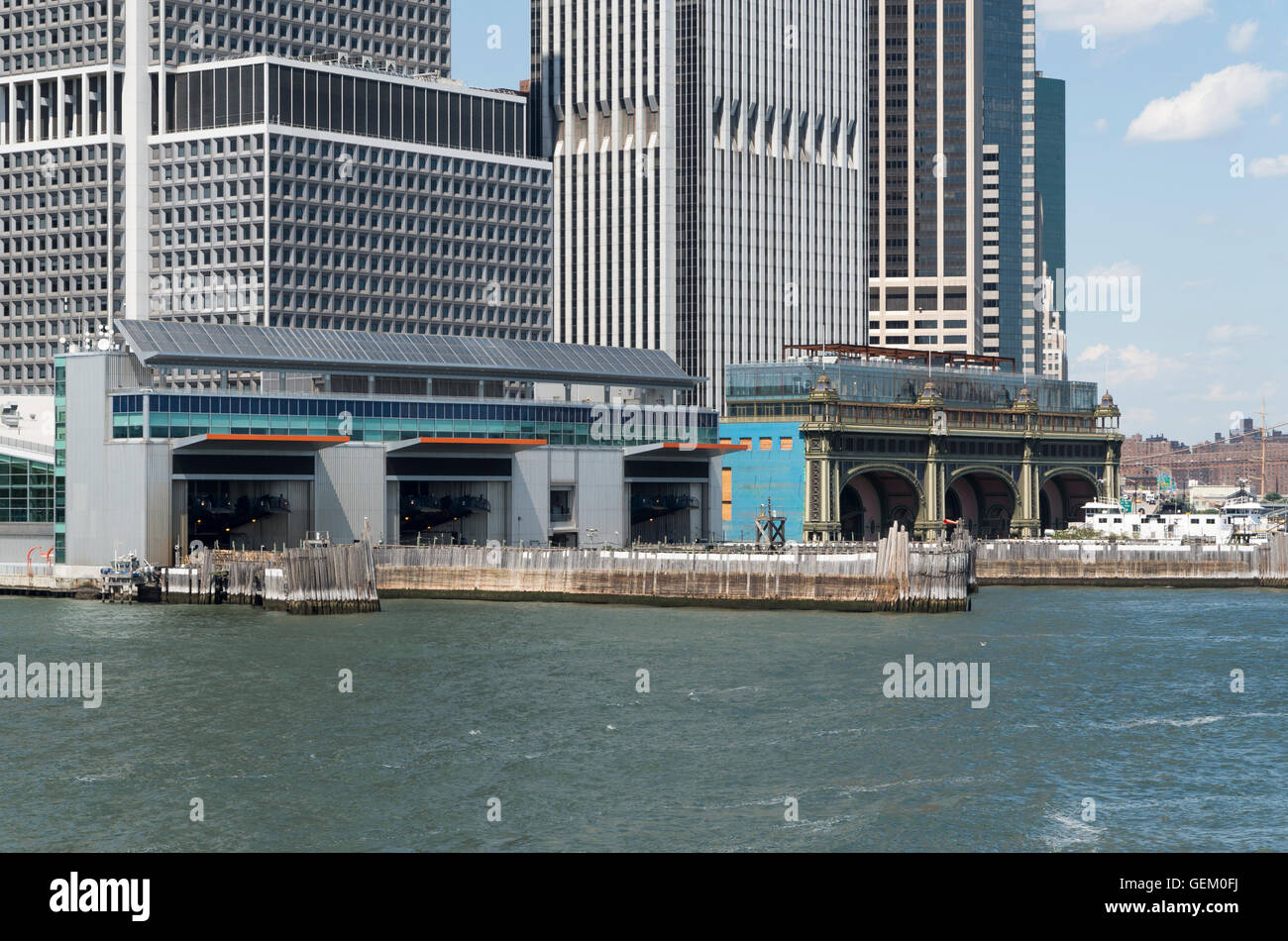 Exterior view of Staten Island and Governor's Island ferry terminals (Battery Maritime Building) in Manhattan, - Stock Image