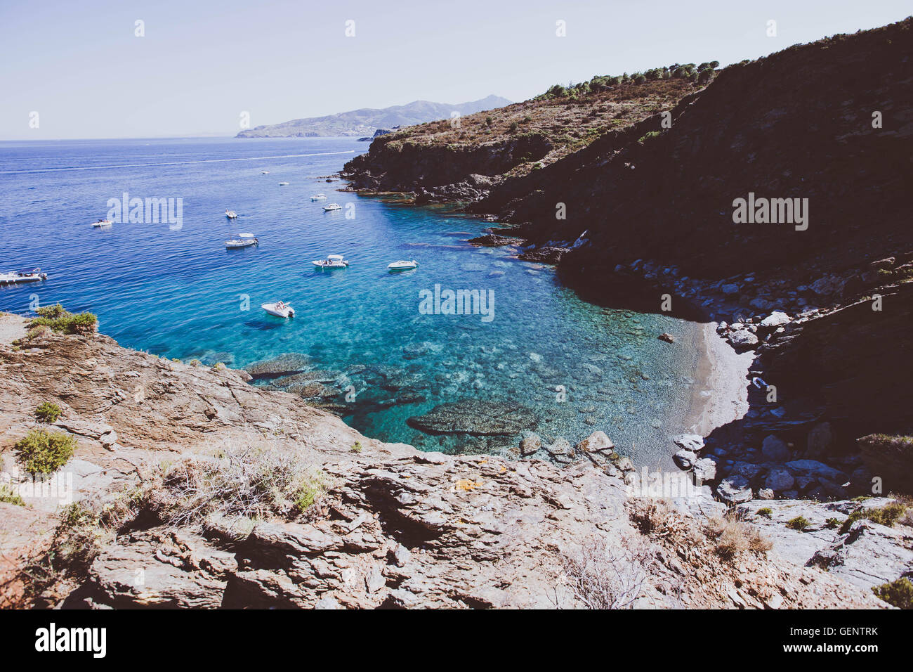 Bay with a beach in the french mediterranian coastline. mooring place for boat, Costa Brava. - Stock Image