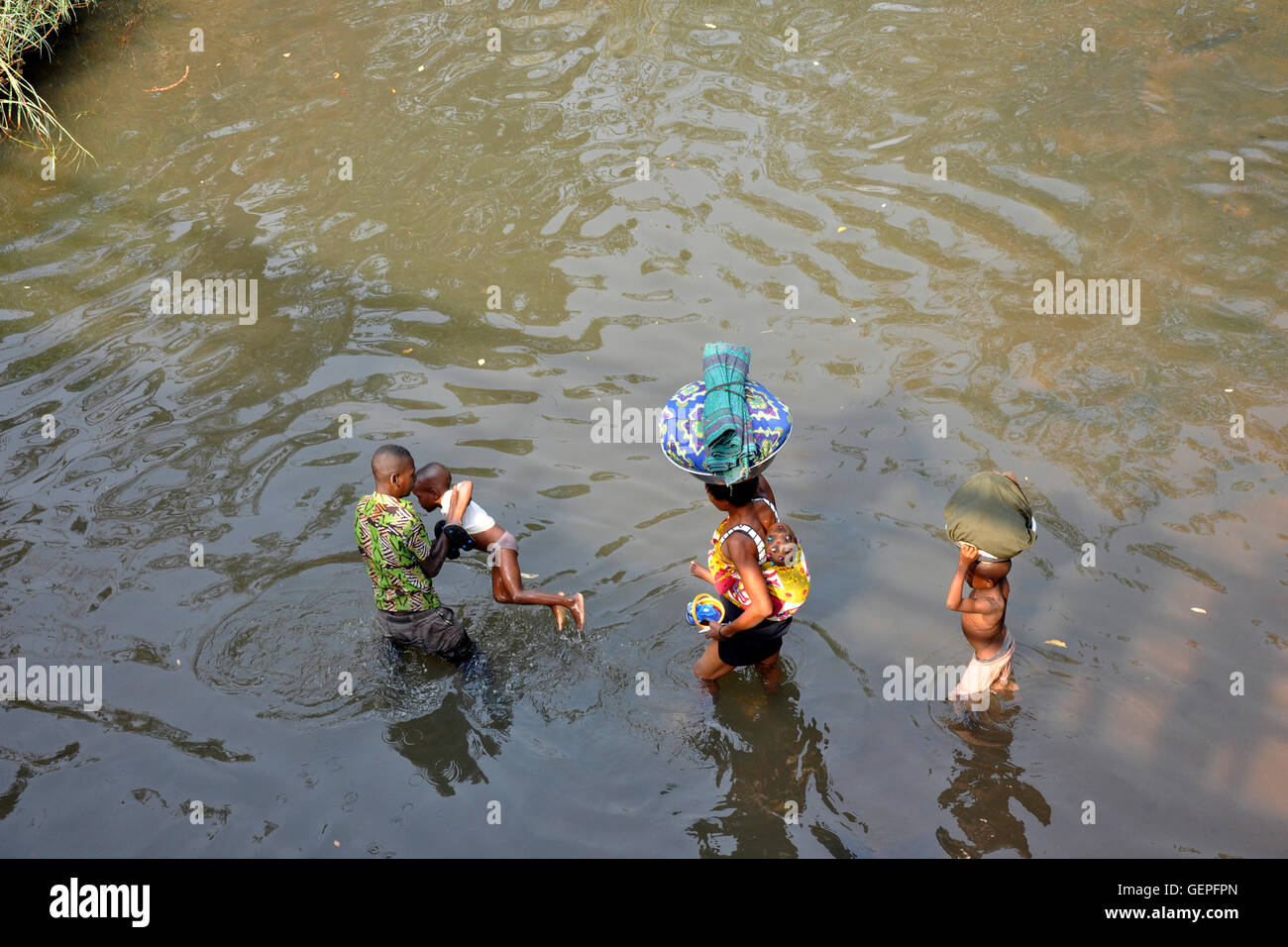 Togo, surrounding of Lomè, washing in the river - Stock Image