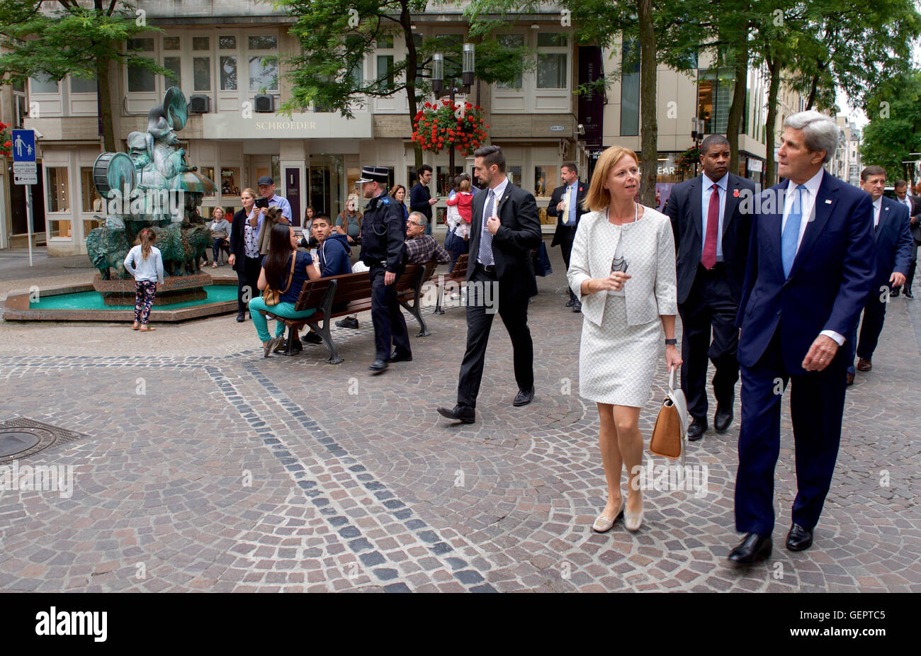 Secretary Kerry Chats With Luxembourgian Chief of Protocol in Luxembourg City - Stock Image